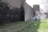 Tarihi Surlar, Üzerindeki Yazılardan Kurtuluyor