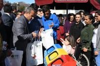 Tunceli'de 'Sıfır Atık' Projesi Kapsamında Pet Şişe Getirene Bez Çanta