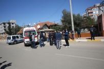 Antalya'da Gürültü Kavgası Açıklaması 2 Polis Yaralı