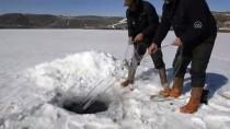 ÇıLDıR GÖLÜ - Bahar Gelince Eskimo Usulü Avcılığa Veda Ettiler
