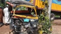 ÖLÜM HABERİ - Bangladeş'te Trafik Kazası Açıklaması 7 Ölü
