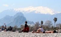 Doğuda Kar, Antalya'da Yaz