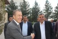 Galatasaray'ın Eski Yöneticisi 2 Bin Kişiye Tirit İkram Etti