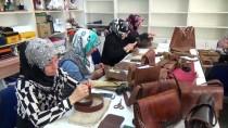 DÖVME - HEM Kursunda Ham Deri Sanat Eserine Dönüştürülüyor