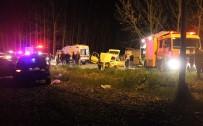 Sakarya'da Trafik Kazası 1'İ Ağır 4 Yaralı