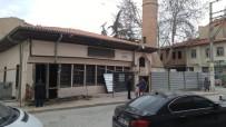 Tarihi Bolvadin Alaca Camii Bakıma Alındı
