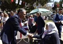Başkan Uysal, Üreten Eller Bahar Şenliği'ni Ziyaret Etti