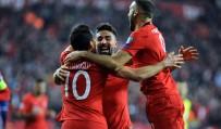 2020 UEFA Avrupa Futbol Şampiyonası Açıklaması Türkiye Açıklaması 2 - Moldova Açıklaması 0 (İlk Yarı)