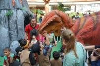 GIZEMLI - Dinozorlara Hem Miniklerden Hem Büyüklerden Yoğun İlgi
