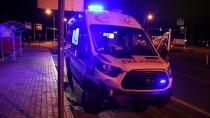 Malatya'da Ambulans İle Otomobil Çarpıştı Açıklaması 5 Yaralı