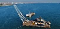 (Özel) Hayalet Gemi 'Bereket'İ Sökmek İçin Dev Vinç Kuruldu