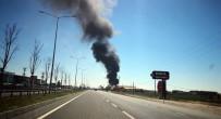 Aksaray'da İnşaat Malzemeleri Deposunda Büyük Yangın
