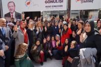 AİLE SOSYAL DESTEK PROGRAMI - Bakan Selçuk Açıklaması 'İş Başına Gelen Başkanlar, Hizmet Yerine Terör Örgütleriyle El Ele Yürümeyi Tercih Etti'