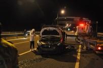 Başkent'te Bariyerlere Çarpan Otomobil Takla Attı