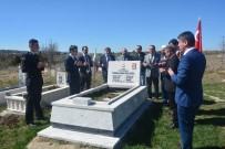 AHMET DEMİR - Çavdarhisar'da Protokol Tarafından Şehit Mezarları Ziyaret Edildi