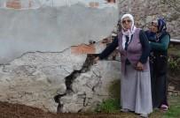 Heyelan Korkusu Yaşayan Vatandaşlar Açıklaması 'Geceleri Uyumaya Korkuyoruz'