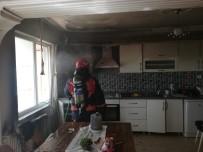 Mutfaktaki Yangında Maddi Hasar Meydana Geldi