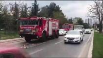 STRAZBURG - Bakırköy'deki Alt Geçide Tır Sıkıştı