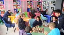 Köy Çocuklarının Eğitim Gönüllüsü 'Memduh Dede'