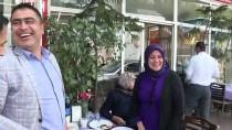 Bakan Çavuşoğlu Antalya'da Şehir Turu Yaptı