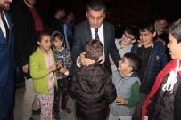 ÇAM SAKıZı - Miniklerin Ramazan Şimşek Sevgisi
