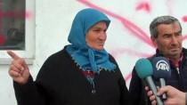 Seçim Afişini Sökmeye Çalışanları Engelleyen Kadının İş Yeri İşaretlendi