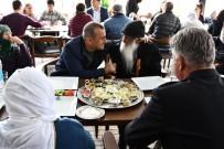 PİYADE ALBAY - Vali Sonel, Yaşlı Ve Engelli Çocuklarla Bir Araya Geldi