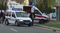 SERVİS ŞOFÖRÜ - Başkentte Trafik Kazası Açıklaması 2 Yaralı
