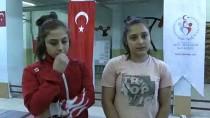 HALTER ŞAMPİYONASI - İkiz Kız Kardeşler Halterde Başarıya Doymuyor