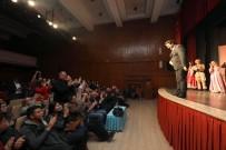 BURHANETTIN ÇOBAN - Perdeler Tiyatro Günü'ne Özel Olarak Açıldı