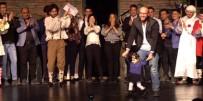 TURNE - Ravza Bebek Prömiyerde Sahneye Çıktı