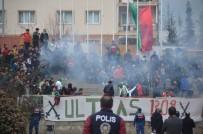 SES BOMBASI - Bilecik- Osmaneli Maçında Ses Bombası Patladı  Açıklaması 1 Yaralı
