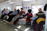 Erzincan İl Özel İdare Çalışanlarından Kan Bağışına Destek