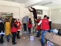 Gönüllü Gençler, Köy Okuluna Kütüphane Kurdu