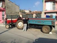 EGE ÜNIVERSITESI HASTANESI - İzmir'de Traktör Römorku Devrildi Açıklaması 9 Yaralı