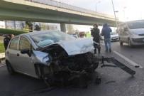TRAFİK YOĞUNLUĞU - D-100 Karayolu Cevizlibağ Mevkinde Trafik Kazası; 2 Yaralı