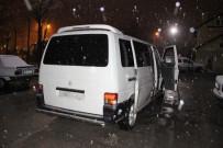 HıZLı TREN - Hırsızlık Şüphelileri Bekçiler Gelince Minibüsü Bırakıp Kaçtı