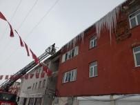 KIŞ MEVSİMİ - Çaldıran'da Karla Mücadele Çalışması
