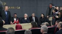 Çavuşoğlu'ndan Avusturya'ya 'Bozkurt İşaretinin Yasaklanması' Tepkisi