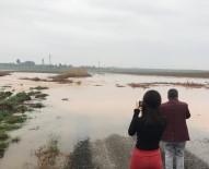 Kızıltepe'de Sel Nedeni İle Vatandaşlar Evlerinde Mahsur Kaldı
