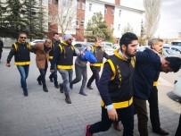 Polisi 14 kurşunla yaralayan 4 zanlı eğlence merkezinde yakalandı