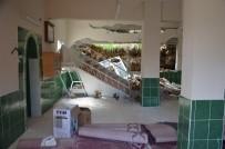 Hatay'da Toprak Kayması Sonucu Cami Duvarı Çöktü