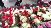 İzzet Baysal Vefatının 19. Yılında Mezarı Başında Anıldı