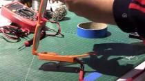 Liselilerden Görme Engelliler İçin 'Titreşimli Gözlük'