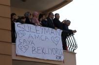 ALEYNA - O Pankartı Görünce Ziyarete Gitti