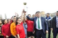 KADIR HAS - Okullar Arası Yıldızlar Futbol Şöleni Tamamlandı