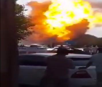 Petrol boru hattında patlama: 12 ölü