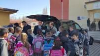 ÇAYıRBAŞı - Altıntaş'ta İlk Ve Ortaokula 300 Kitap Bağışı