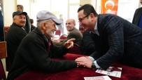 MEHMET KANAR - Mustafakemalpaşa 'Evladını' Bağrına Bastı