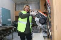 25 Yıl Önce Eşinin İş Yerine Yardıma Gitmişti Şimdi Eşinin Patronu Oldu